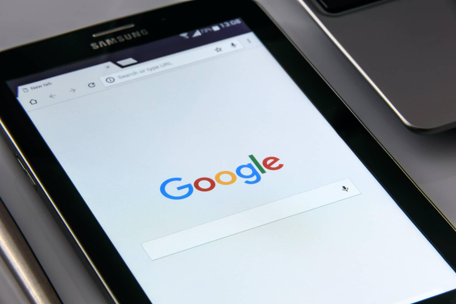 Close up of Google on Samsung device
